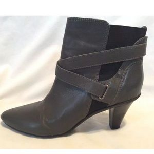 Kenneth Cole Reaction Ankle Boots Gray Leather